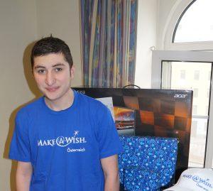 Mansur bekommt seinen eigenen Gaming-PC