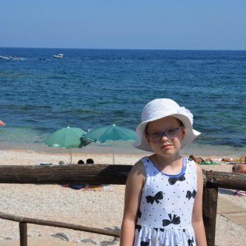 Nikol reist nach Sardinien