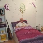 Laras lila/weißes Traumzimmer