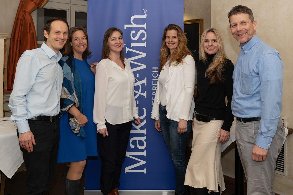 Der Großteil des Make-A-Wish Vorstands v.l.n.r.: Alexander Taubenkorb, Nina Aichholzer, Doris Riedl, Birgit Fux (Geschäftsführerin), Pia Kleihs, Christian Fugina
